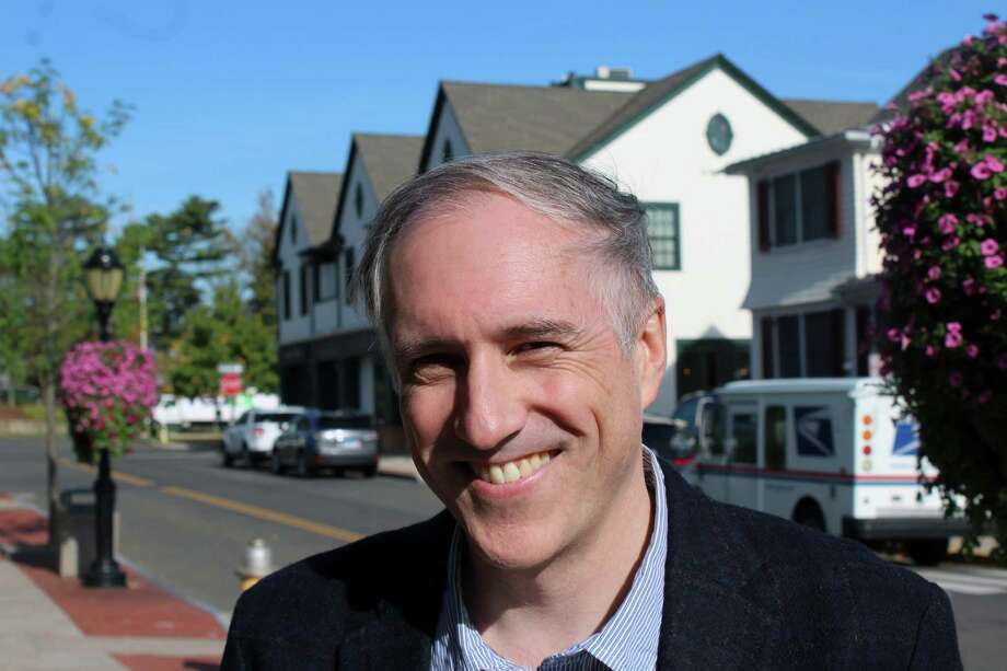 Democratic First Selectman candidate Rob Richards, Oct. 27, 2017, in Darien, Conn. Photo: Justin Papp / Hearst Connecticut Media / Darien News
