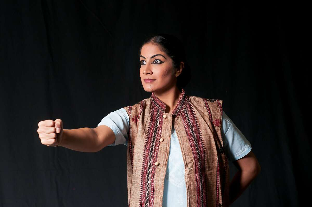 Sindhu Natarajan, a Abhinaya company dancer in APOORVA KATHA - Remarkable Tales Featuring the struggles of Cesar Chavez. Saturday, Nov. 11 - Sunday, Nov. 12 at the School of Arts & Culture in San Jose. Photo: Mukund Gunti