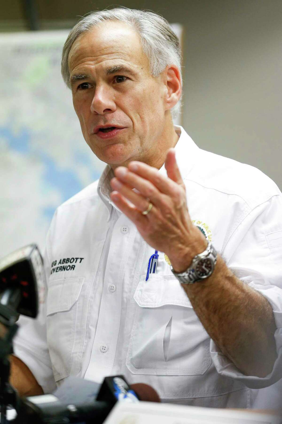 Texas governor Greg Abbott announces the Governors Commission to Rebuild Texas at a meeting with Fort Bend county mayors Thursday, Sept. 7, 2017 near Richmond. ( Michael Ciaglo / Houston Chronicle)