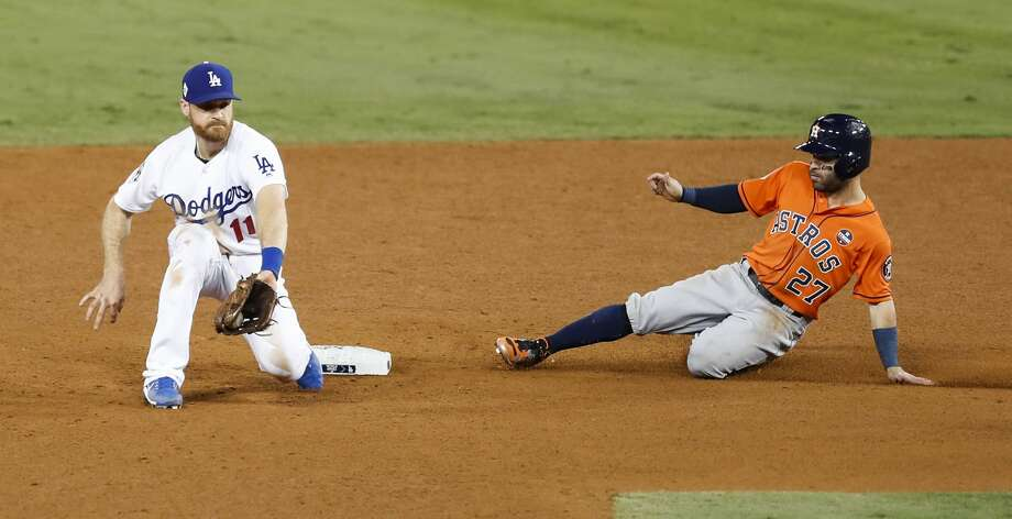 Fox Sports announcer Joe Buck said the appeal of players such as Astros star Jose Altuve (right) helped this year's World Series resonate with viewers around the nation. Photo: Brett Coomer/Houston Chronicle