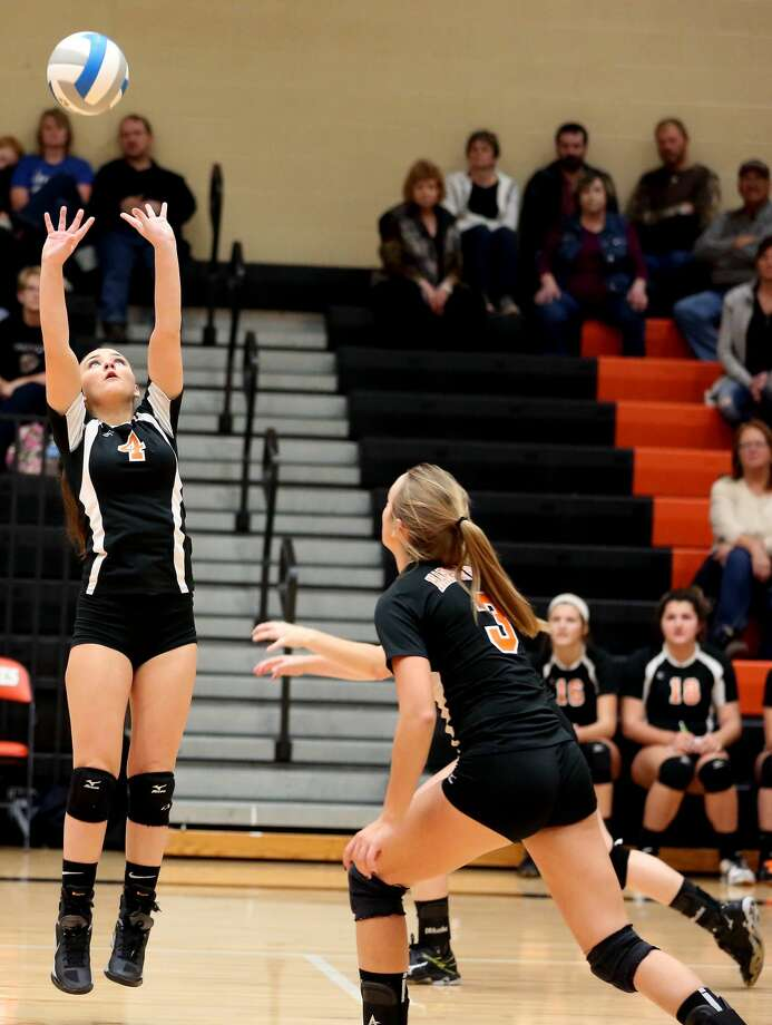 Class C District Volleyball Semifinals 2017 Photo: Paul P. Adams/Huron Daily Tribune