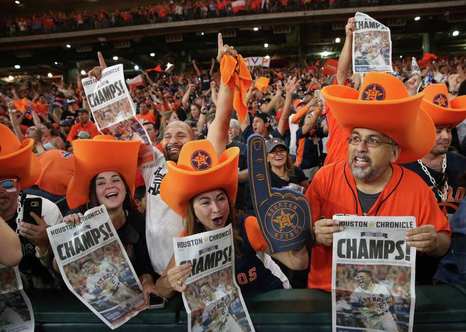 Houston Astros fans celebrate World Series Championship from Minute Maid Park on Nov. 1 in Houston. Photo: Yi-Chin Lee, Staff Photographer / Houston Chronicle