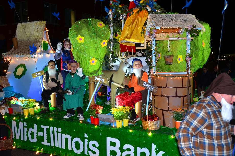Grand Champion is the First Mid-Illinois Bank & Trust float. Photo: For The Intelligencer