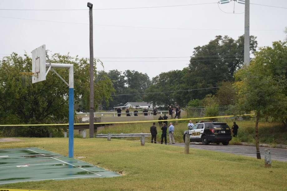 San Antonio police are investigating a scene near Ojeda Park on the West Side where a body was found Thursday, Nov. 2, 2017. Photo: Caleb Downs/San Antonio Express-News