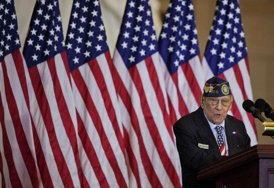 Celestino Almeda, a Filipino World War II veteran, speaks during a ceremony at the U.S. Capitol. Photo: Manuel Balce Ceneta / Associated Press / Copyright 2017 The Associated Press. All rights reserved.