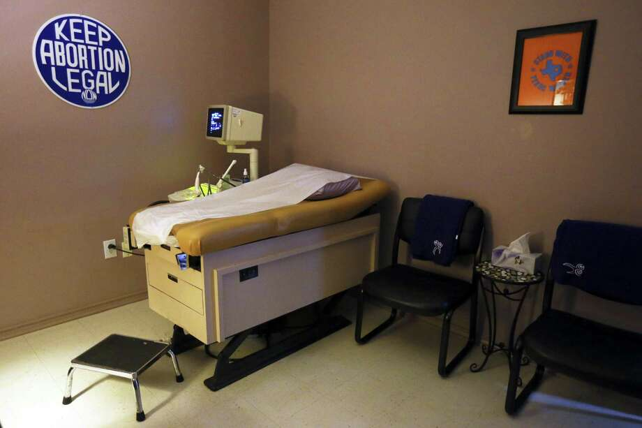 Texas defends new anti-abortion measures in court