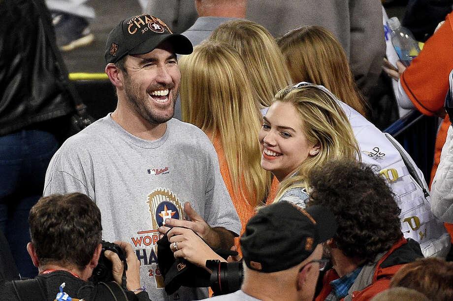 Reasons Astros Fans Should Love Kate Upton San Antonio