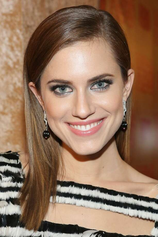 1) Allison Williams, 'Girls'