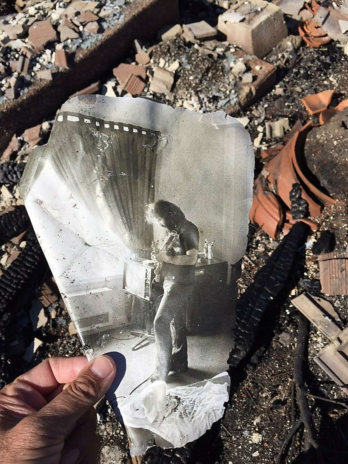 Mayacama head pro Ted Antonopoulos lost an extensive golf memorabilia collection when his Santa Rosa house burned down, but he found this Jerry Garcia photo.