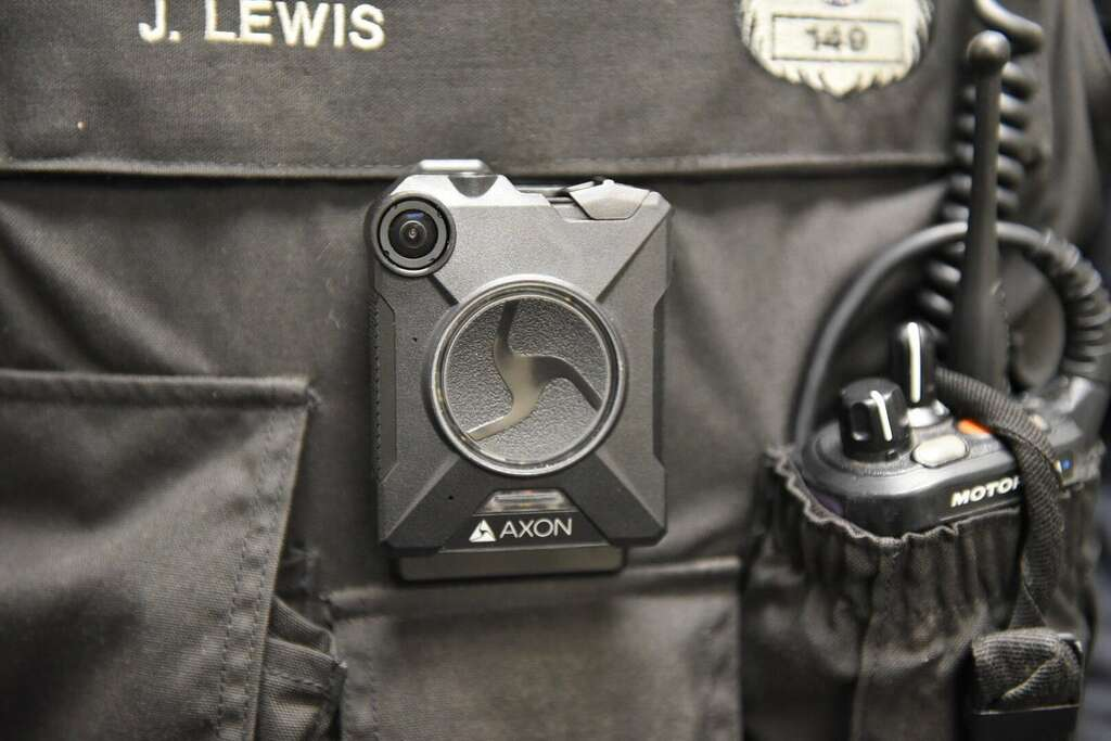 Albany police begin wearing body cameras on Monday - Times Union