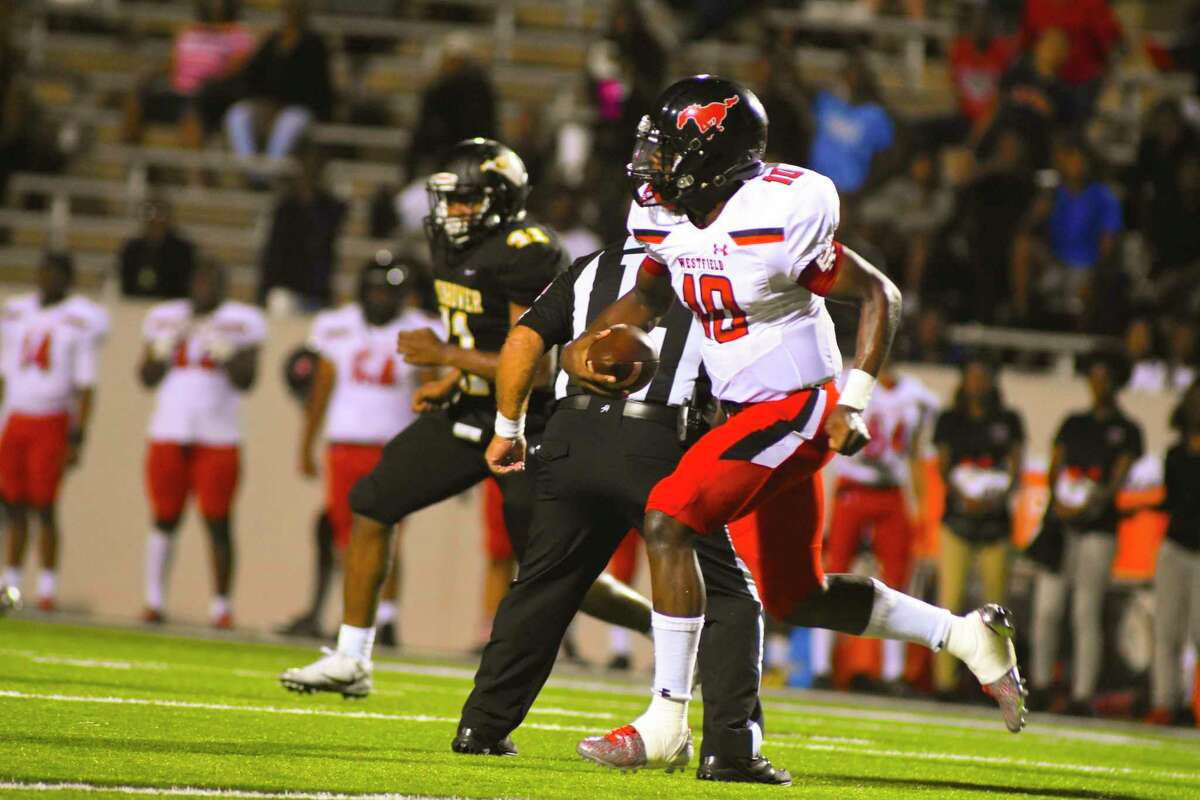 Westfield quarterback and District 16-6A's leading passer Terrance Gipson threw for 106 yards and one touchdown against Ike, giving him 1,200 yards and 10 TDs on 74-of-123 passing.