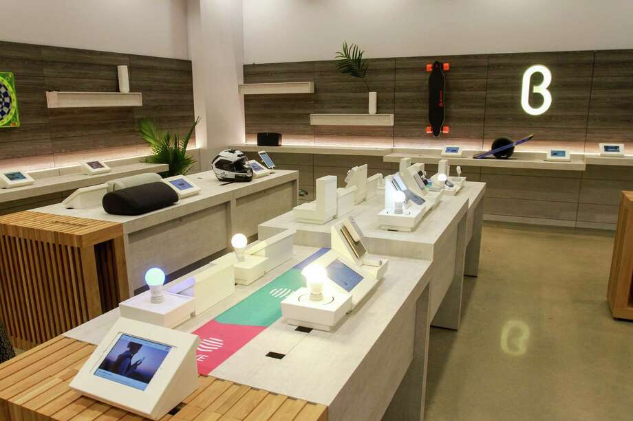 Hive Smart Home Plans at B8ta, a store that features products mostly from startups. There's one of each item in the store, next to an iPad from which customers can order.  (For the Chronicle/Gary Fountain, October 27, 2017) Photo: Gary Fountain, For The Chronicle / Copyright 2017 Gary Fountain