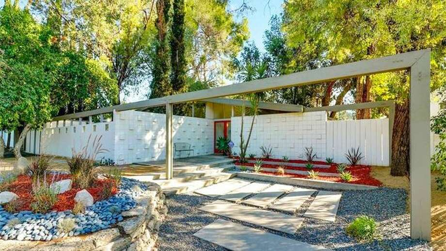 Rare Mid Century Modern Living Conditioned Home For Sale In