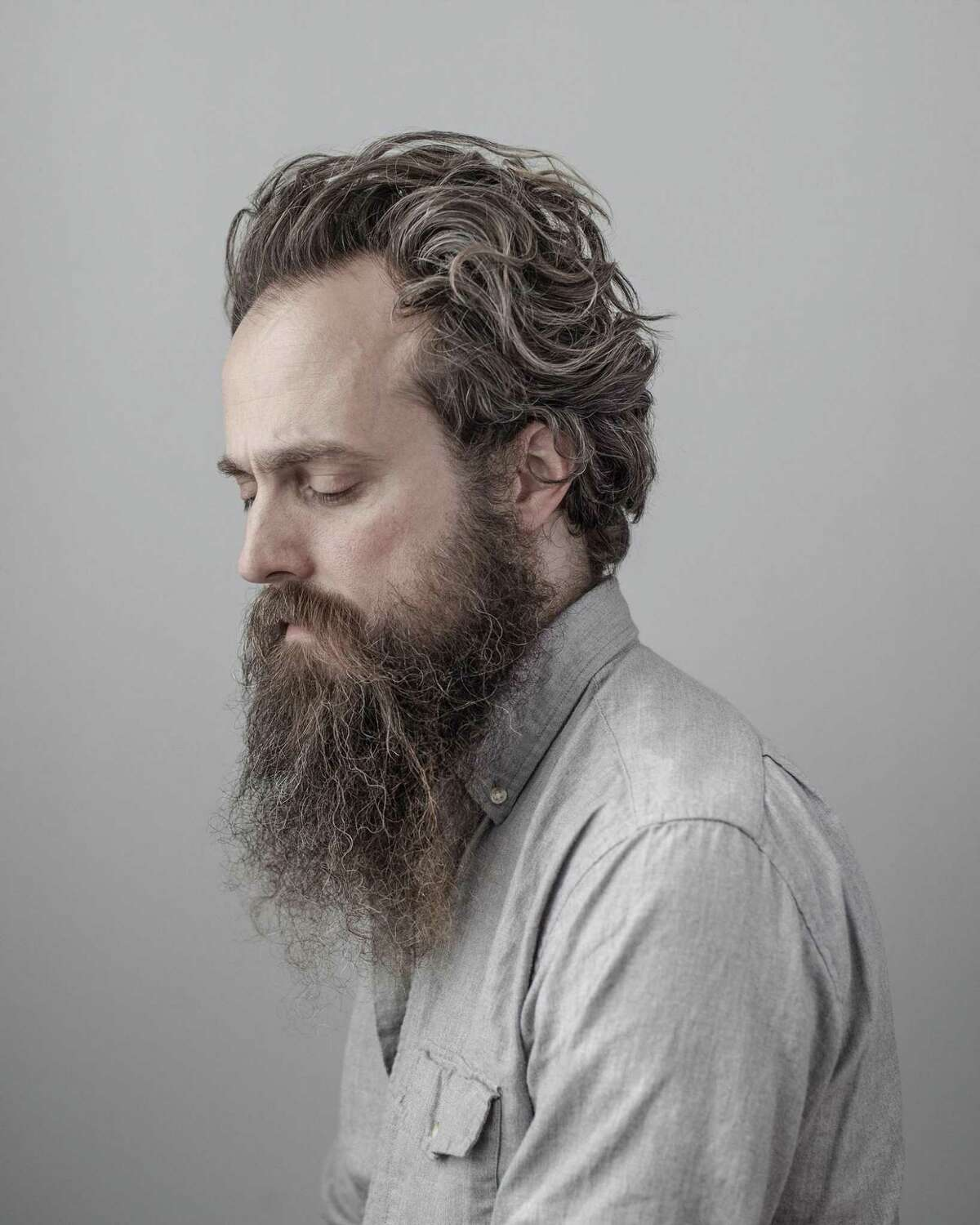 Iron & Wine performs at College Street Music Hall in New Haven on Friday, Nov. 10.