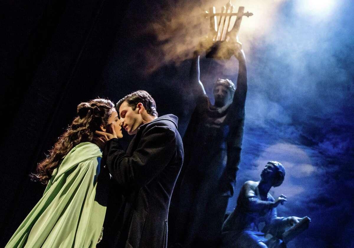 Eva Tavares as Christine Daae and Jordan Craig as Raoul in the touring company of