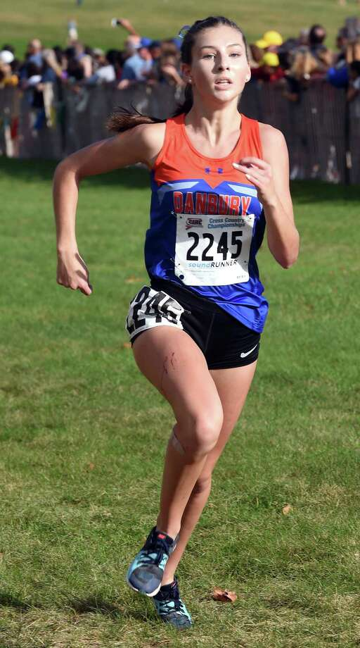 Lauren Moore of Danbury nears the finish line placing sixth in the 2017 CIAC Fall Championship Girls Cross Country race in Manchester on November 3, 2017. Photo: Arnold Gold, Hearst Connecticut Media / New Haven Register