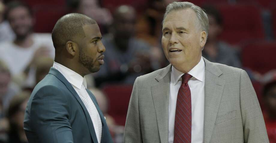 Houston Rockets guard Chris Paul (3) talks with  Rockets head coach Mike D'Antoni during game action against the Philadelphia 76ers at the Toyota Center on  Monday, Oct. 30, 2017, in Houston. ( Elizabeth Conley / Houston Chronicle ) Photo: Elizabeth Conley/Houston Chronicle