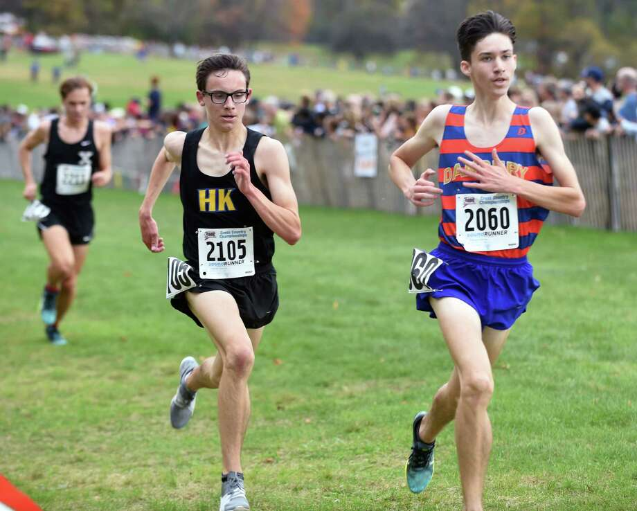 The 2017 CIAC Fall Championship Boys Cross Country race in Manchester on November 3, 2017. Photo: Arnold Gold, Hearst Connecticut Media / New Haven Register