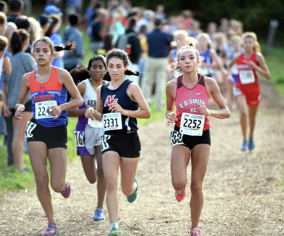 The 2017 CIAC Fall Championship Girls Cross Country race in Manchester on November 3, 2017. Photo: Arnold Gold, Hearst Connecticut Media / New Haven Register