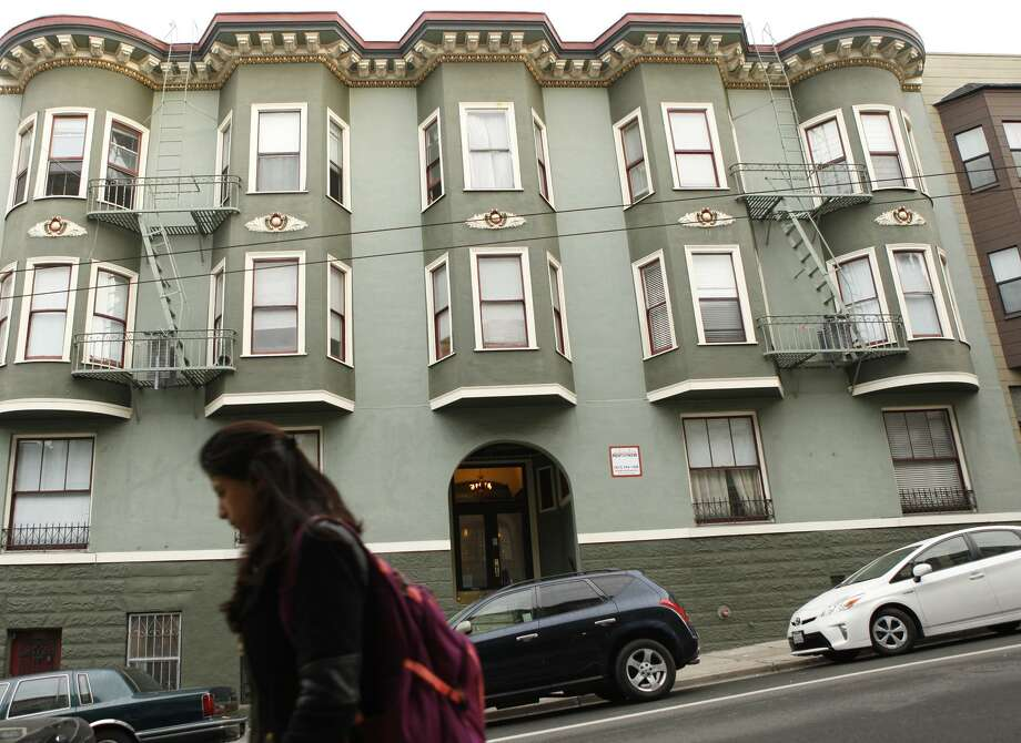 One of the buildings owned by Veritas Investments in the Nob Hill neighborhood as seen in San Francisco Calif. on Friday, November 3, 2017. Veritas Investments, San Francisco's largest residential landlord, is partnering with Airbnb to allow tenants in five Veritas buildings including this one to offer short-term rentals of their apartments. Photo: Alex Washburn / Photos By Alex Washburn / The Chronicle / The San Francisco Chronicle