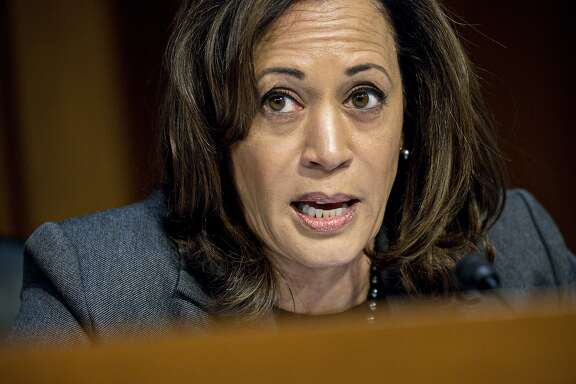 Senator Kamala Harris, a Democrat from California, questions witnesses during a Senate Intelligence Committee hearing on social media influence in the 2016 U.S. elections in Washington, D.C., U.S., on Wednesday, Nov. 1, 2017. The top Democrat on the Senate Intelligence Committee berated lawyers for social media giants Facebook, Twitter and Google for a lethargic response to Russian interference in U.S. politics, as the companies' lawyers faced a second day of grilling in Congress. Photographer: Andrew Harrer/Bloomberg