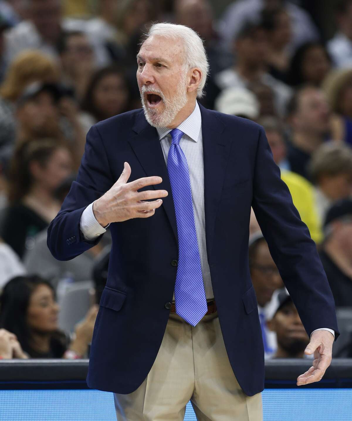Spurshead coach Gregg Popovich reacts to the...
