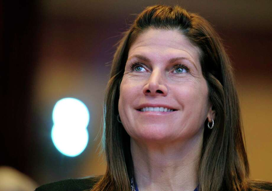Former Rep. Mary Bono, R-Calif., said she endured increasingly suggestive comments from a fellow lawmaker in the House. Photo: Cliff Owen, FRE / AP2011