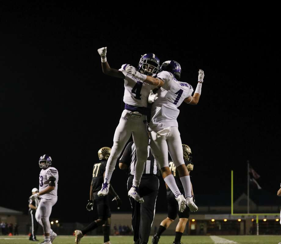 Angleton Wildcats My'kell Ross (4) celebrates with Cameron Dilworth (1) after a touchdown in the third quarter during the high school football game between Angleton Wildcats and the Foster Falcons in Rosenberg, TX on Friday, November 03, 2017. Photo: Tim Warner/For The Chronicle