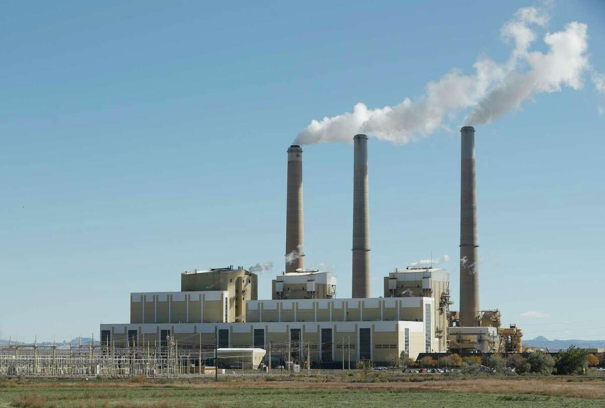 CASTLE DALE, UT - OCTOBER 9: Emissions rise from the smokestacks of Pacificorp's 1440 megawatt coal fired power plant on October 9, 2017 in Castle Dale, Utah. It was announced today that the Trump administration's EPA will repeal the Clean Power Plan,that was put in place by the Obama administration. (Photo by George Frey/Getty Images) ORG XMIT: 775056446