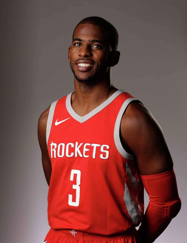 Rockets Chris Paul leads book drive as part of Harvey rebuilding