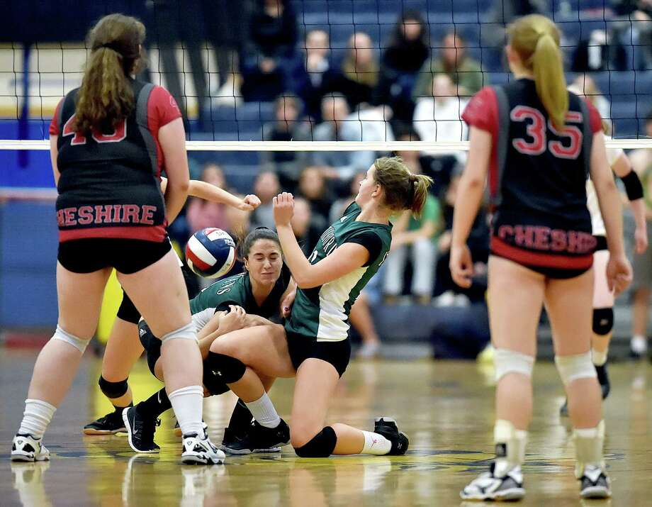 Cheshire defeats Guilford, 3-1 (23-25, 25-22, 25-18, 25-22) in the SCC volleyball championship, Saturday, Nov. 4, 2017, at East Haven High School. Photo: Catherine Avalone, Hearst Connecticut Media / New Haven Register