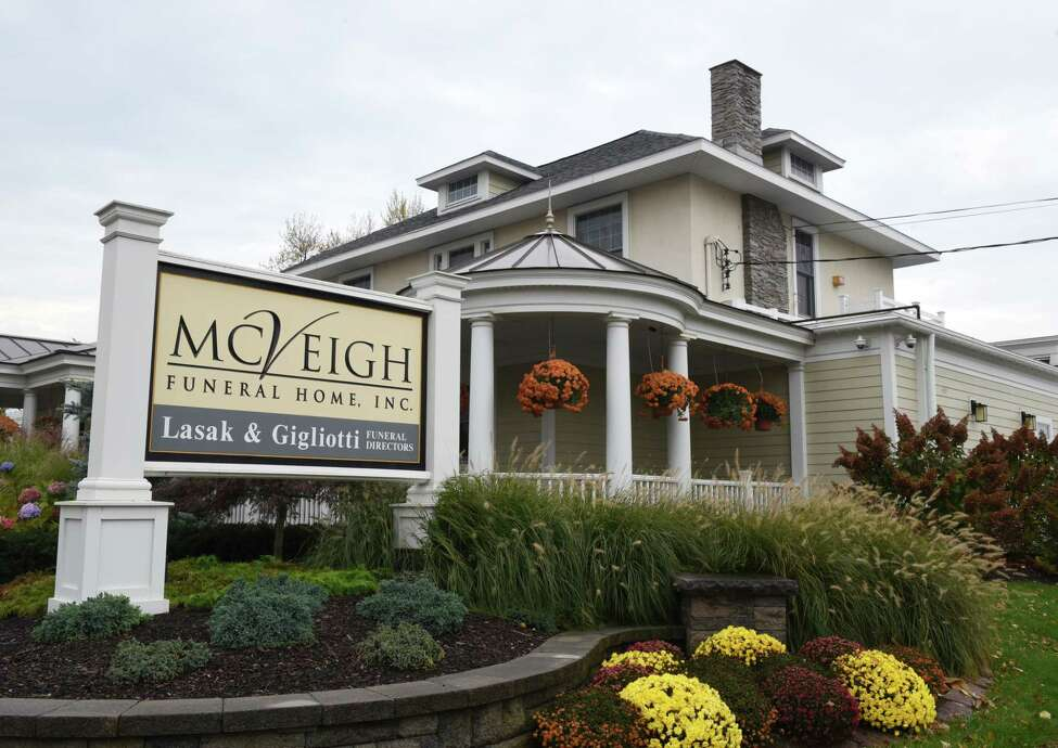 Exterior of the McVeigh Funeral Home on Thursday, Nov. 2, 2017, in Albany, N.Y. (Will Waldron/Times Union)