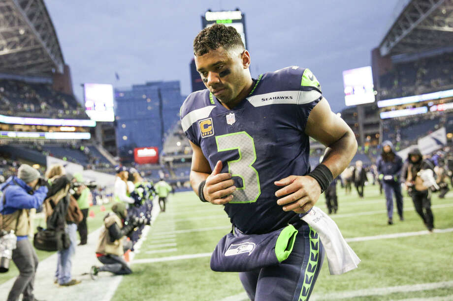 Seahawks quarterback Russell Wilson leaves the field after Seattle lost to Washington 17-14 at CenturyLink Field on Sunday, Nov. 5, 2017. Photo: GRANT HINDSLEY, SEATTLEPI.COM / SEATTLEPI.COM