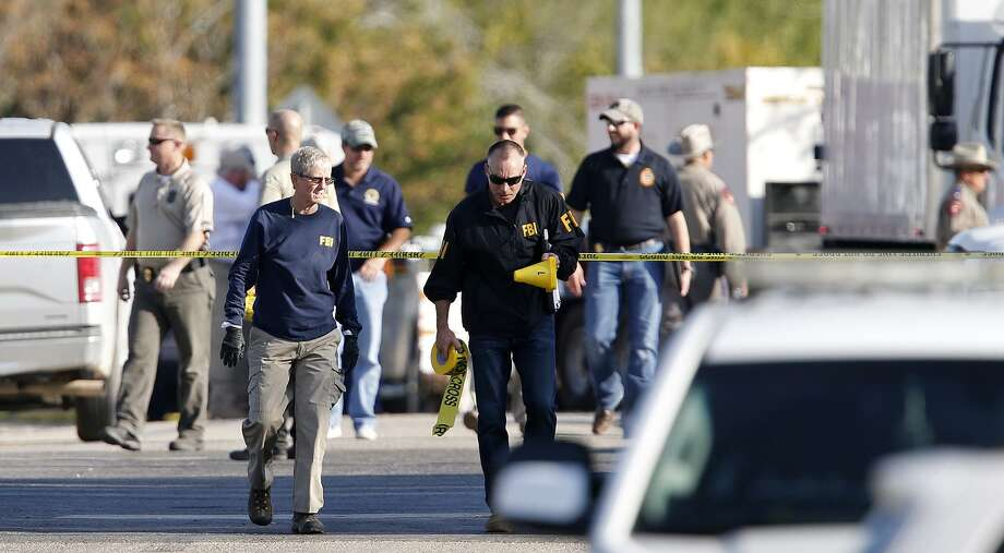 First responders work the scene of a shooting at the First Baptist Church of Sutherland Springs Sunday Nov 5, 2017. Photo: Edward A. Ornelas, Staff / San Antonio Express-News / © 2017 San Antonio Express-News