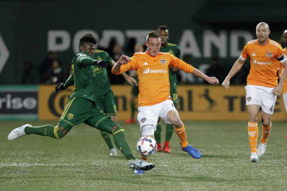 The Timbers' Dairon Asprilla, left, gave Portland an early edge over the Dynamo, but an equalizer late in the half and a second goal by Mauro Manotas in the second half propelled the Dynamo to the win.  Photo: Sean Meagher, MBO / The Oregonian/OregonLive 2017