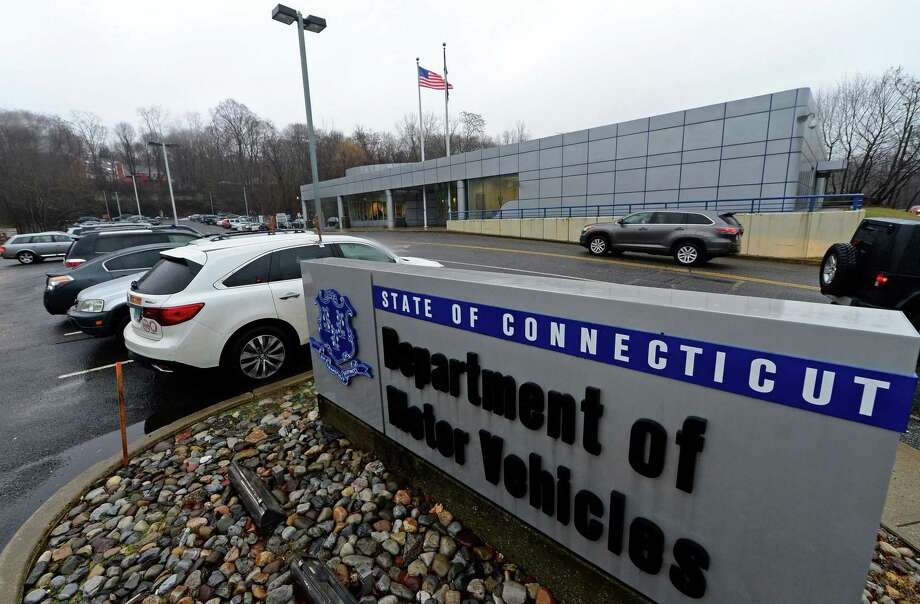 The Norwalk Connecticut Department of Motor Vehicle (DMV) Tuesday, january, 3, 2017. The DMV in Fairfield and New Haven counties were busy this week after AAA offices in those counties were no longer able to provide DMV services following a negotiation dispute with the state. Photo: Erik Trautmann / Hearst Connecticut Media / Norwalk Hour