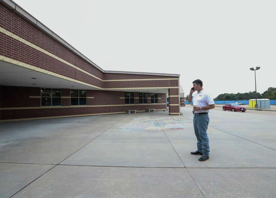 Katy ISD Superintendent Lance Hindt tours Creech Elementary School, Friday, Nov. 3, 2017, in Katy. Photo: Jon Shapley, Houston Chronicle / © 2017 Houston Chronicle