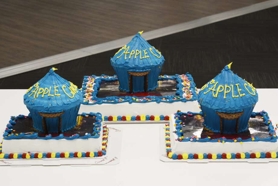 The official birthday cake of the Big Apple Circus features an 8-in. tall circus tent replica over a red carpet made of edible icing. Photo: Big Apple Circus, Contributed