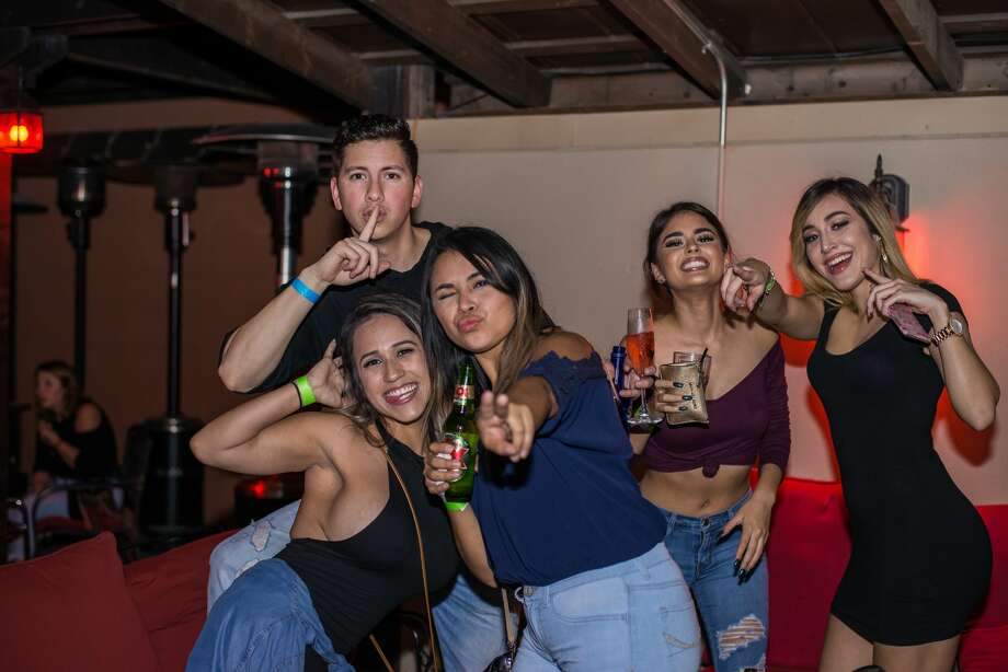 Photos Burnhouse Heats Up As Young Crowd Turns Out For