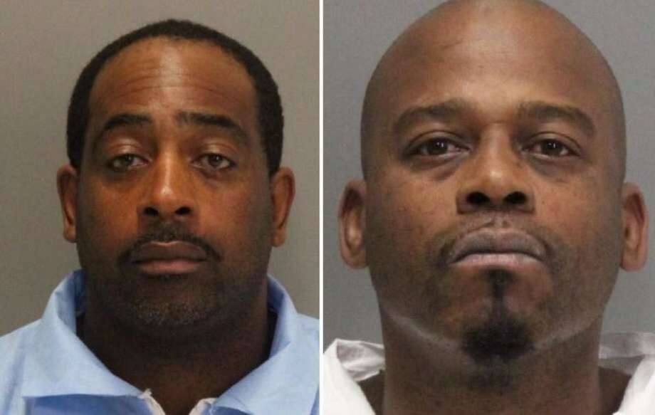 Police looking for 2 escaped inmates in Palo Alto