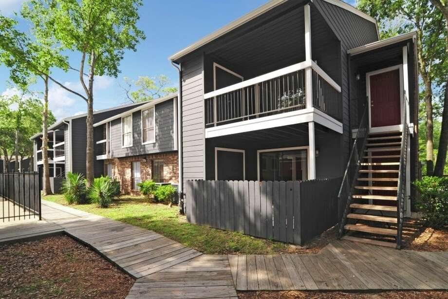 The Turner Multifamily Impact Fund has acquired the Bridges of Cypress Creek, a 314-unit apartment complex at 17710 Red Oak Drive in northwest Houston. Photo: Turner Impact Capital