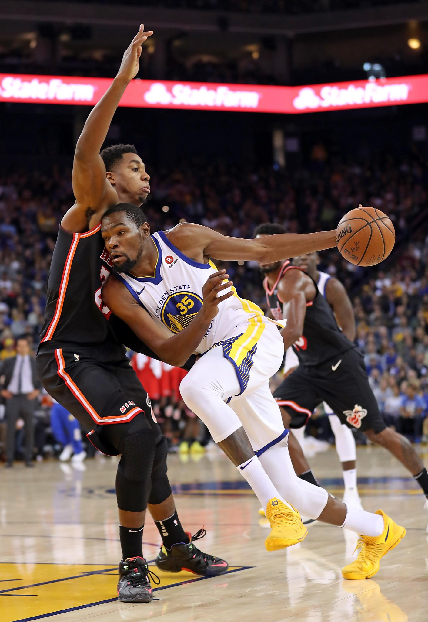 cb92418217f4 Warriors  Kevin Durant to miss Minnesota game with thigh contusion - The  Edwardsville Intelligencer