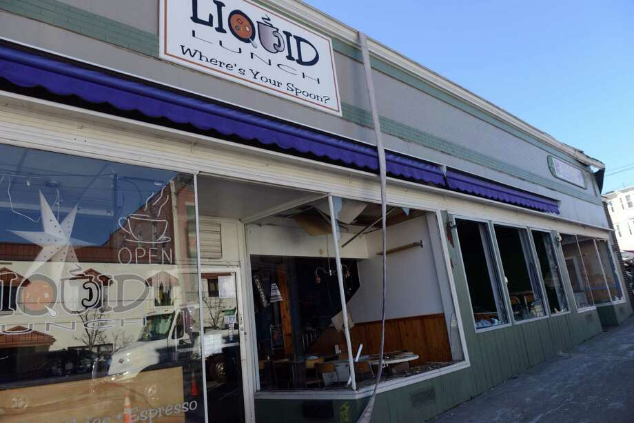 The former Liquid Lunch at 434 Howe Ave. in Shelton was destroyed by a fire along with other nearby homes and businesses in 2014. Its replacement, Grow, closed its doors this week. Photo: Autumn Driscoll / File Photo / Connecticut Post