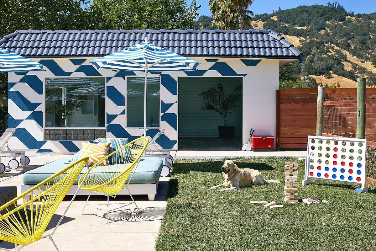 The outdoor recreation garden at Calistoga Motor Lodge.