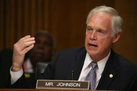 Sen. Ron Johnson (R-WI) participates in a Senate Foreign relations Committee hearing on Capitol Hill, March 10, 2015 in Washington, DC. The committee was hearing from us government officials on the situation in Ukraine.  (Photo by Mark Wilson/Getty Images)