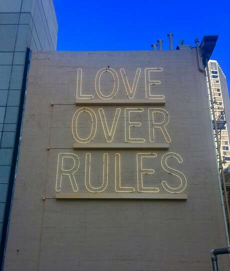"""""""LOVE OVER RULES,"""" a permanent work by Hank Willis Thomas, as seen from Annie St. in San Francisco Photo: Dorka Keehn, Sites Unseen"""