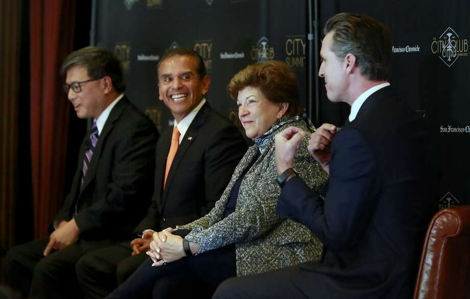 The Democratic candidates for governor — John Chiang (left), Antonio Villaraigosa, Delaine Eastin and Gavin Newsom — meet at an October event. Photo: Michael Macor, Associated Press