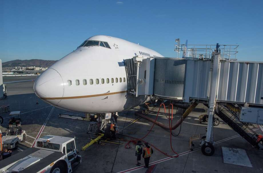 United's final 747 loads up at SFO Photo: United Airlines