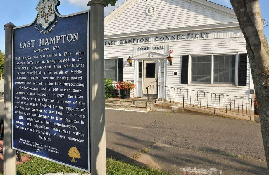 East Hampton Town Hall Photo: File Photo / TheMiddletownPress