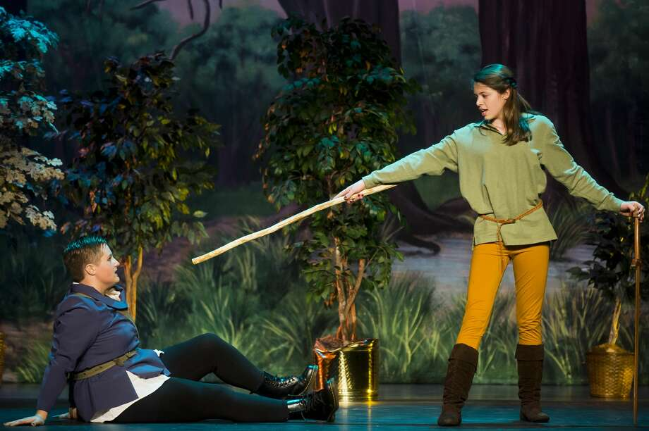 Sophia Hahn, playing the role of Robin Hood, right, and Faith Jacobs, playing the role of Sheriff Tomas Allard, act out a scene during a dress rehearsal on Monday, Nov. 6, 2017 for Bullock Creek High School's production of Robin Hood at Bullock Creek High School. (Katy Kildee/kkildee@mdn.net) Photo: (Katy Kildee/kkildee@mdn.net)